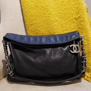 2f87ebfd1963d7 CHANEL Bags | Lambskin Quilted Medium Ultimate Soft Tote | Poshmark